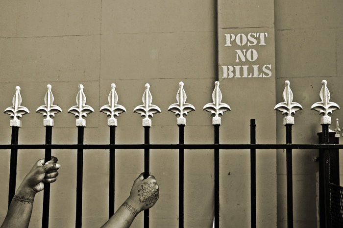 a picture called Post No Bills should be here...