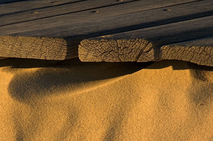 a picture called Wood and Sand should be here...